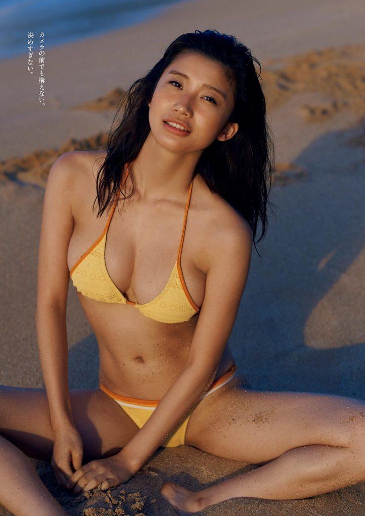 小倉優香の最新グラビアエロ画像16