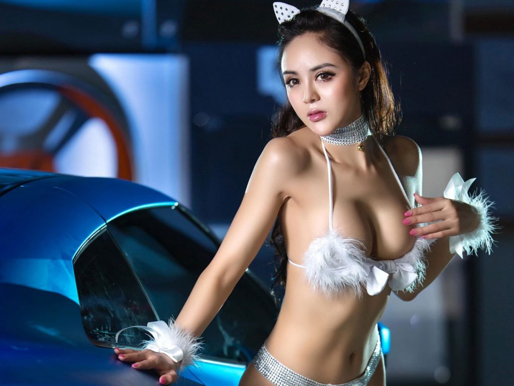 ストリップショーかな?台湾キャンギャルのエロ画像32枚・22枚目の画像