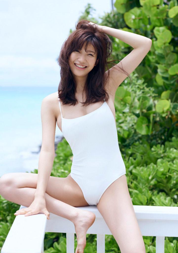 小倉優香の最新グラビアエロ画像23