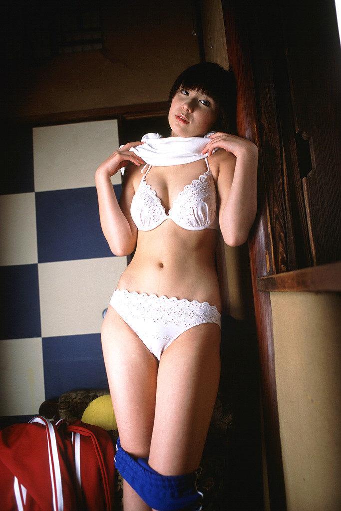 AVデビューした仲村みう(26)のヌードエロ画像140枚・56枚目の画像