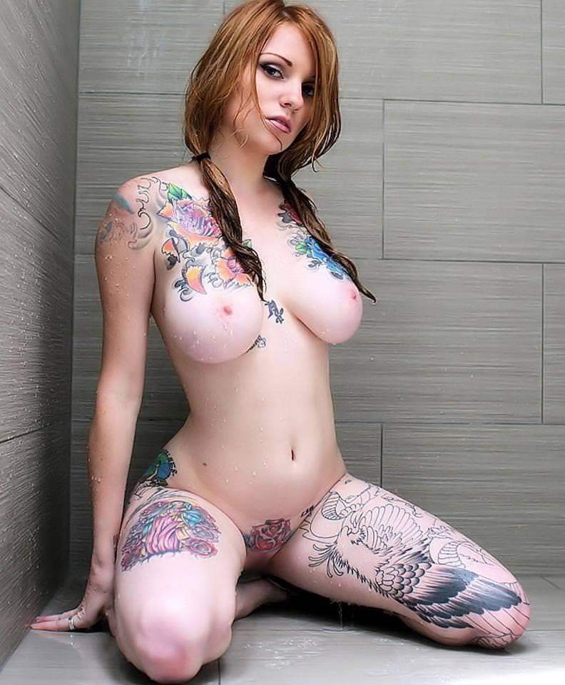タトゥー大量外国人のヌードエロ画像35枚・2枚目の画像