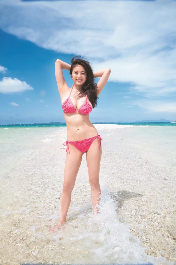 伊東紗冶子(23)Gカップキャスターの水着グラビア画像128枚・21枚目の画像