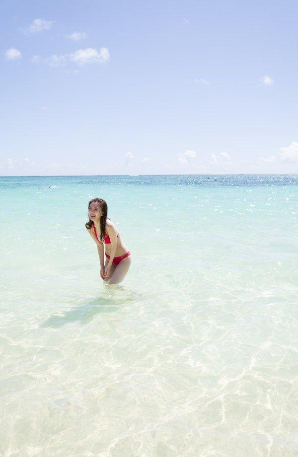 伊東紗冶子(23)Gカップキャスターの水着グラビア画像128枚・27枚目の画像