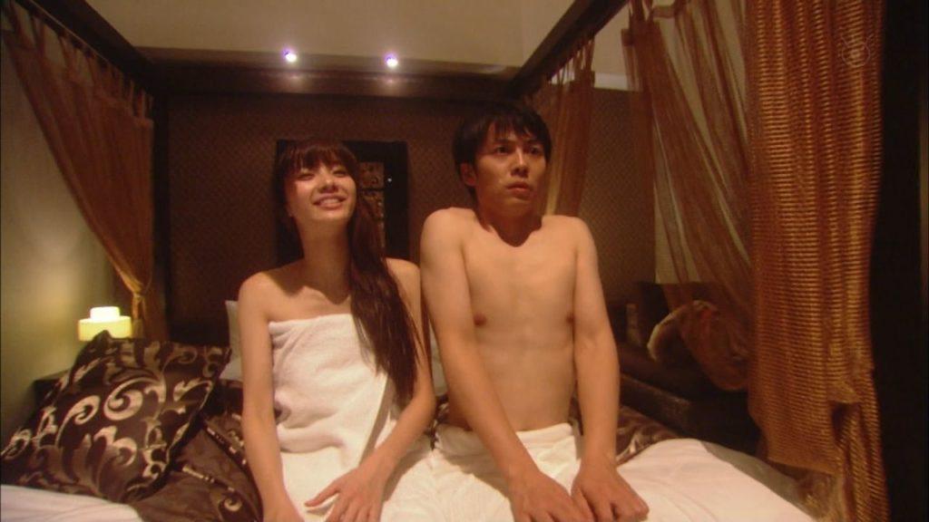新川優愛(24)の水着姿、ドラマ濡れ場等抜ける画像130枚・63枚目の画像