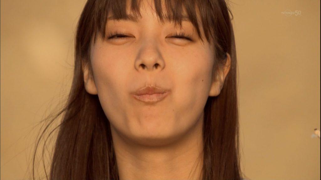 新川優愛(24)の水着姿、ドラマ濡れ場等抜ける画像130枚・95枚目の画像