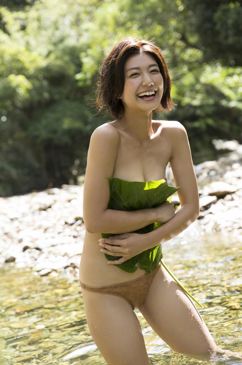 藤木由貴(25)美人RQの手ブラヌードグラビア画像100枚|エロ牧場・13枚目の画像