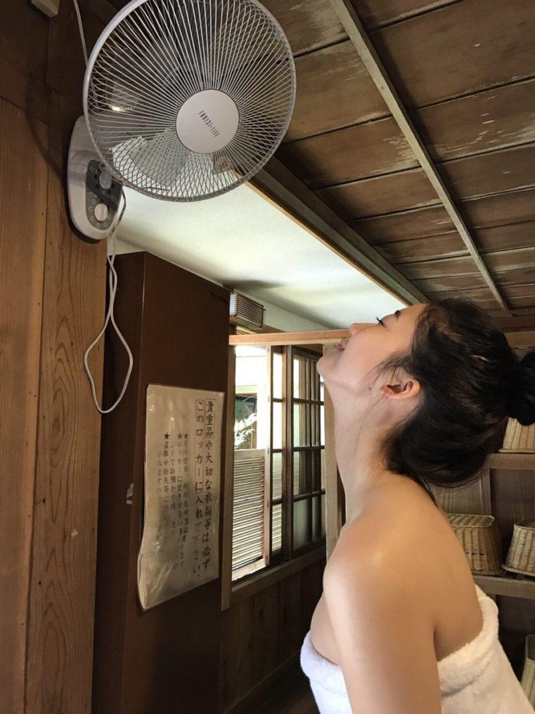 今一番シコられてるグラドル「小倉優香」の最新Gカップグラビアエロ画像32枚・30枚目の画像