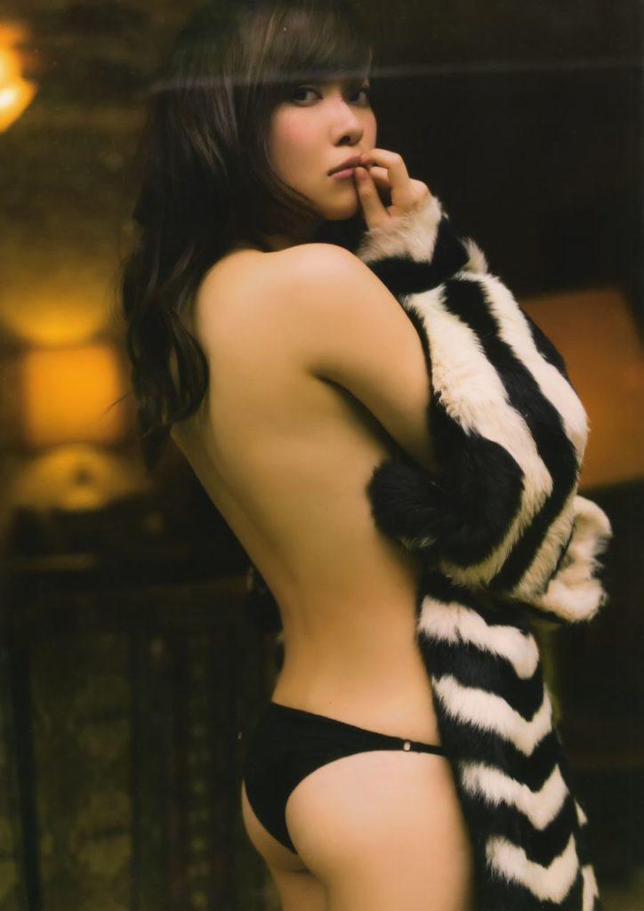 「さしこ100%」でヌード解禁発言の指原莉乃のエロ画像100枚・107枚目の画像