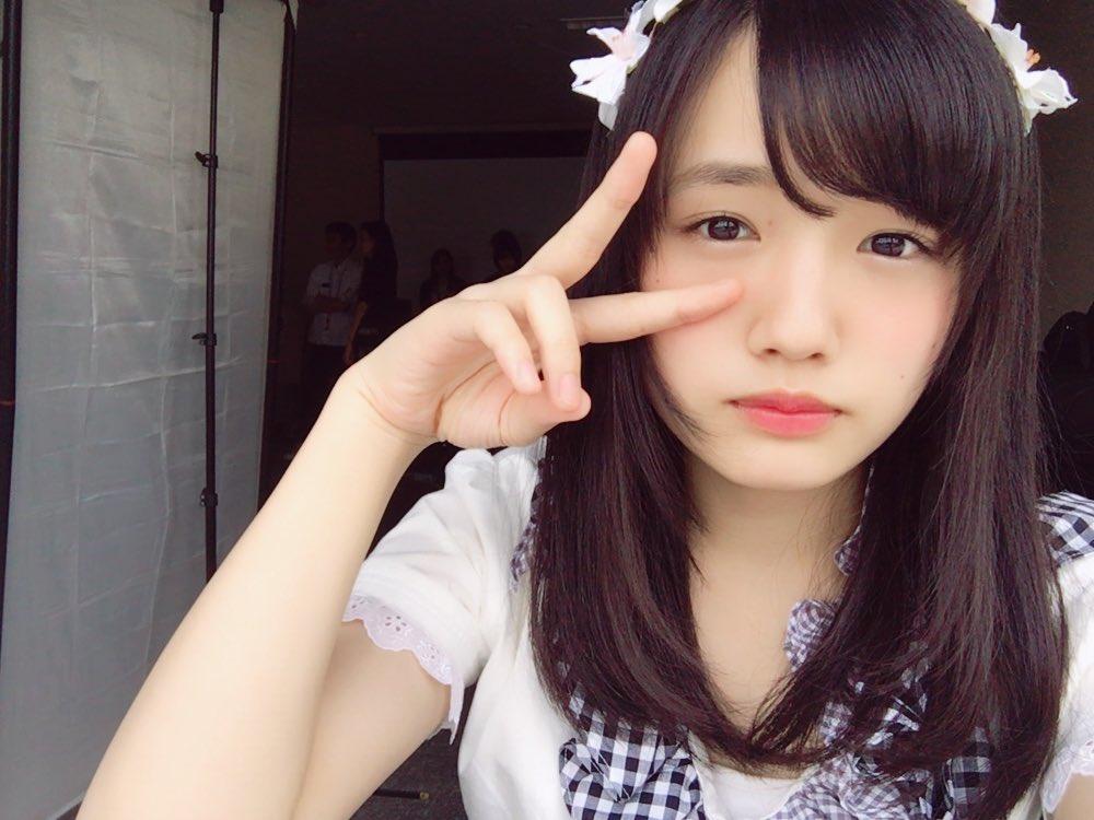 つりビット安藤咲桜(16)の水着グラビアエロ画像60枚・59枚目の画像