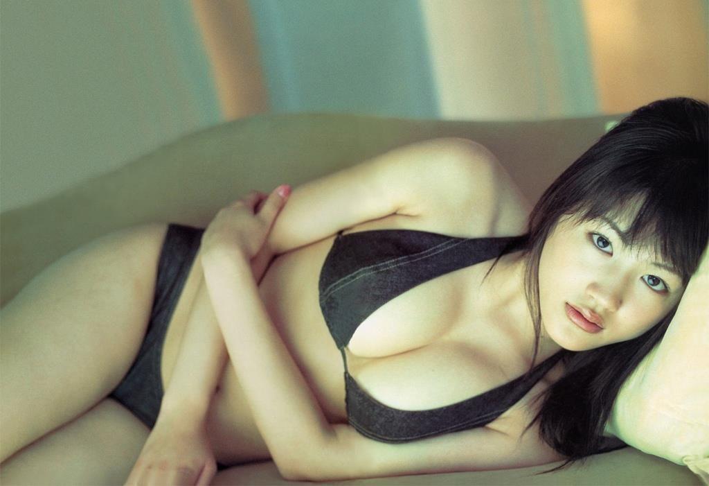 【速報】綾瀬はるかの全裸ヌード入浴してる最新CMエロ画像40枚・29枚目の画像