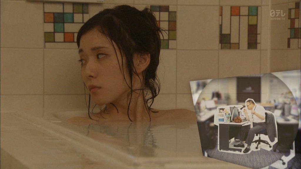 松岡茉優(22)の入浴シーン・疑似フェラ等抜けるエロ画像105枚・3枚目の画像