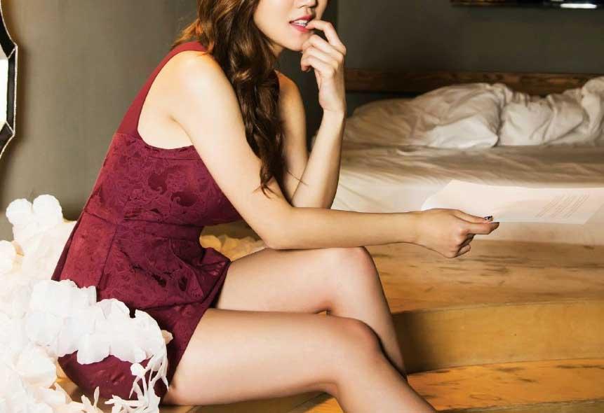 韓国娘の美脚率が異常~!必ず抜ける美女エロ画像33枚・1枚目の画像