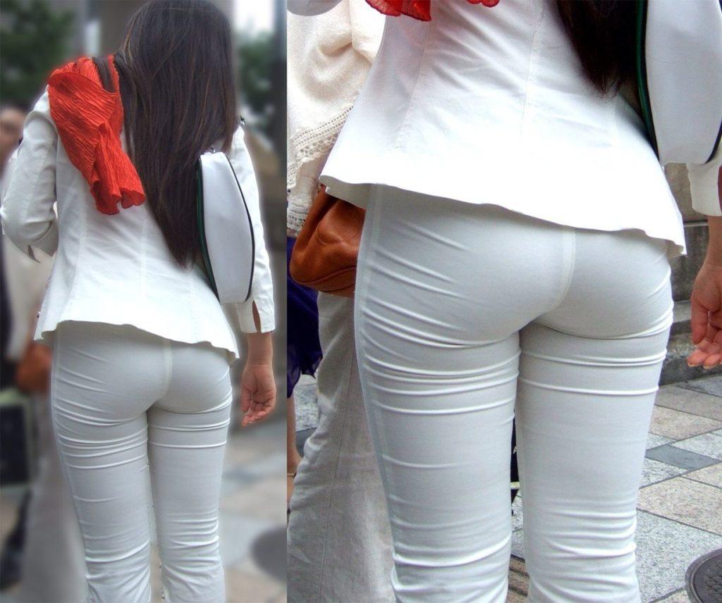キャリアウーマンOLのスーツ姿がぐうシコな街撮り盗撮エロ画像30枚・2枚目の画像