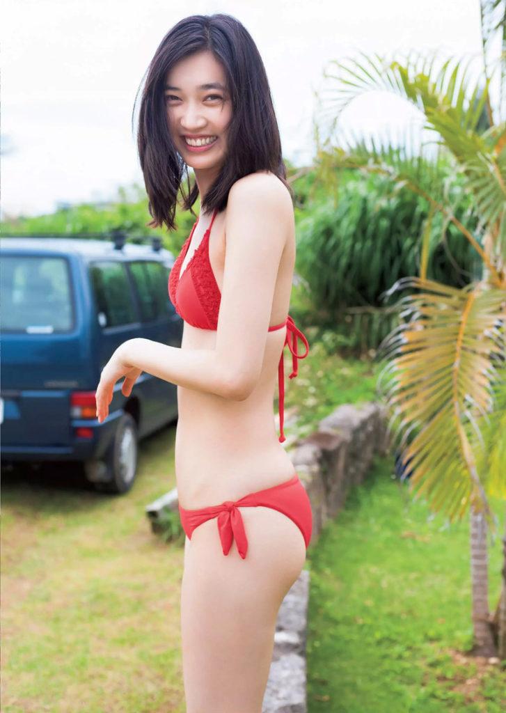 林田岬優の水着グラビアエロ画像002