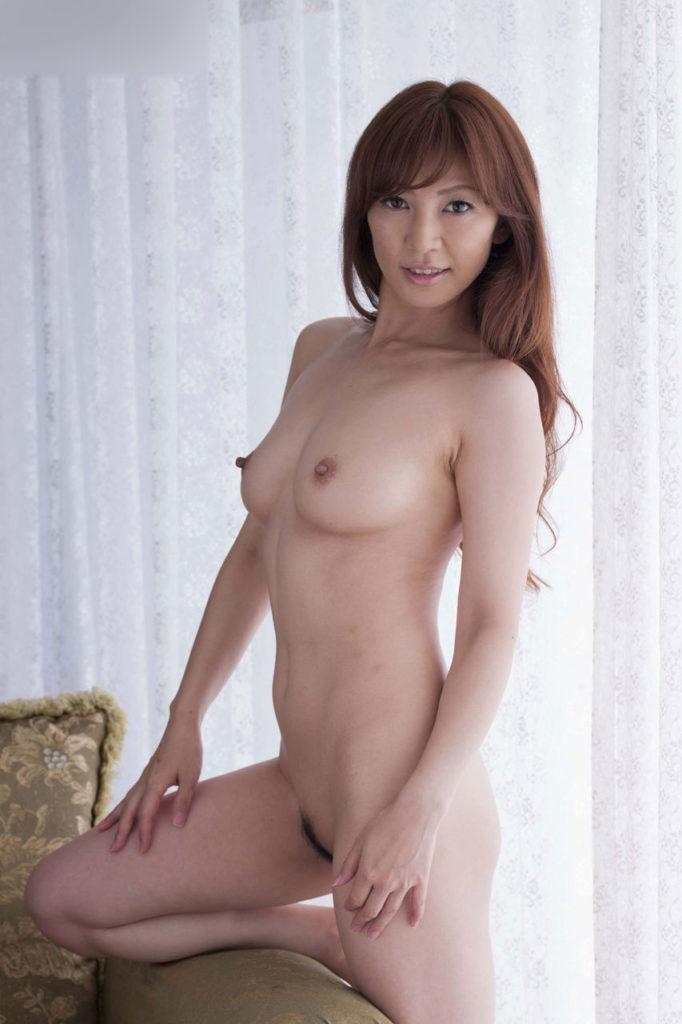 熟女の使い込んだエロボディが抜けるヌードエロ画像30枚・5枚目の画像