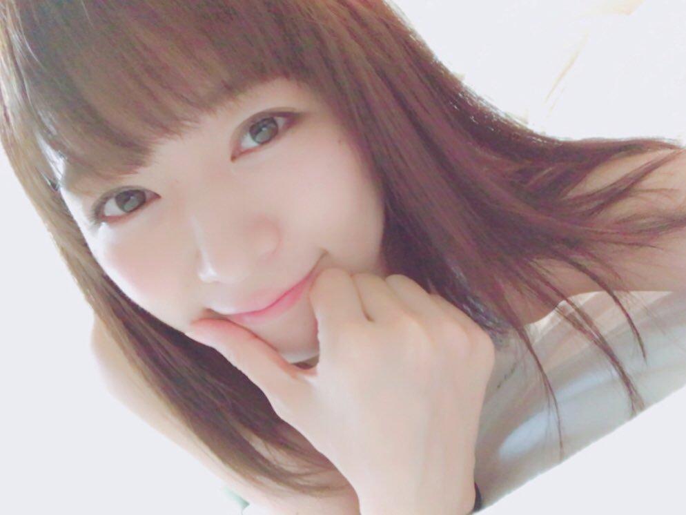 階戸瑠李(28)ヌード間近の透け乳首解禁グラビア画像100枚・88枚目の画像