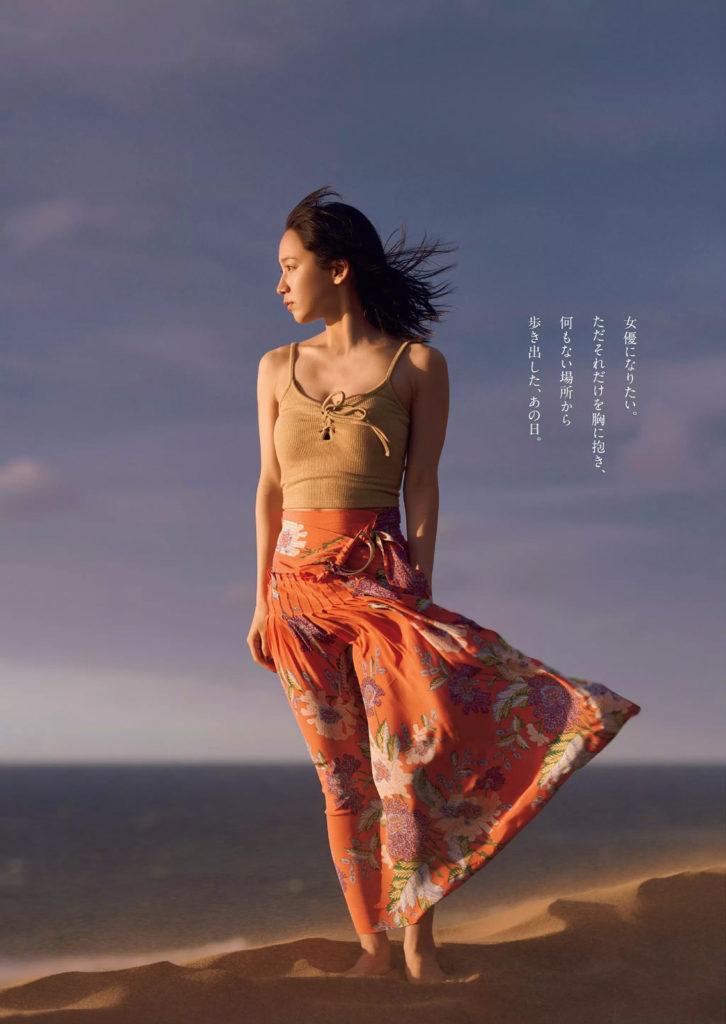 吉岡里帆の週プレ最新グラビアエロ画像16