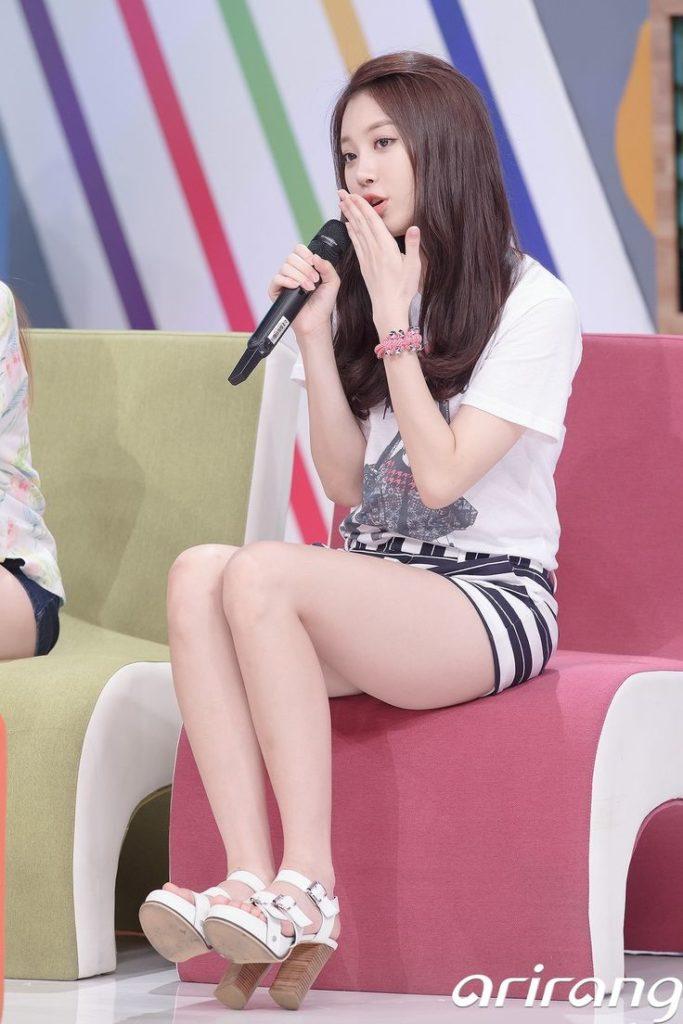 韓国娘の美脚率が異常~!必ず抜ける美女エロ画像33枚・17枚目の画像