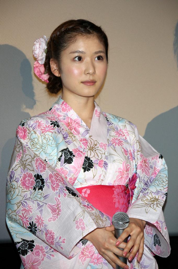 松岡茉優(22)の入浴シーン・疑似フェラ等抜けるエロ画像105枚・78枚目の画像