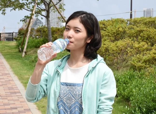 松岡茉優(22)の入浴シーン・疑似フェラ等抜けるエロ画像105枚・83枚目の画像