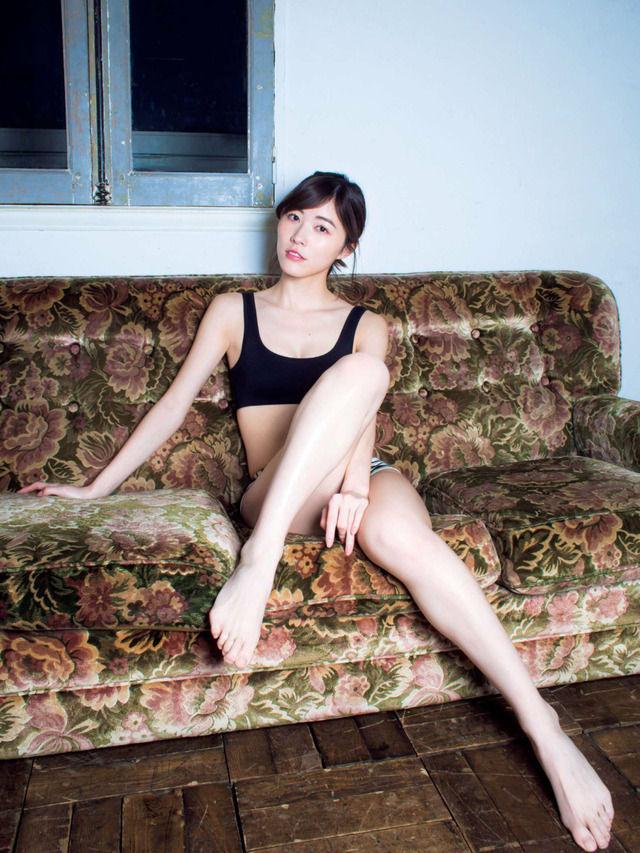松井珠理奈(20)の最新グラビア、アイコラ等抜ける画像140枚|エロ牧場・5枚目の画像