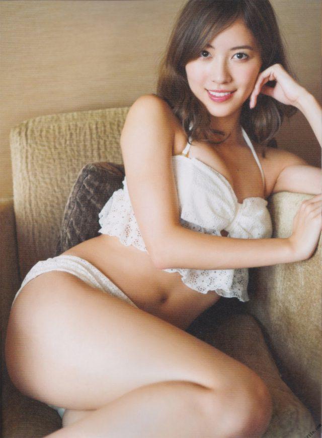 松井珠理奈(20)の最新グラビア、アイコラ等抜ける画像140枚|エロ牧場・11枚目の画像