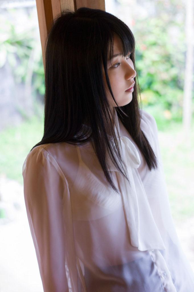 ハミ乳最高~!横山由依(24)の最新エロ画像48枚・18枚目の画像