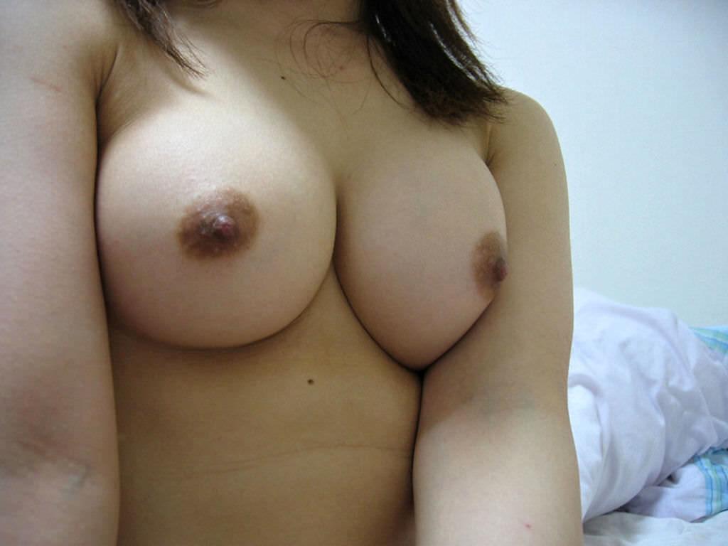 日本人の標準!?褐色系乳首・乳輪のおっぱいエロ画像35枚・21枚目の画像