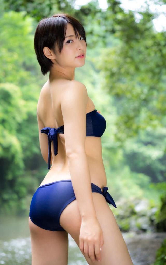 Aカップ貧乳グラドル鈴木咲(30)の抜けるエロ画像85枚・35枚目の画像