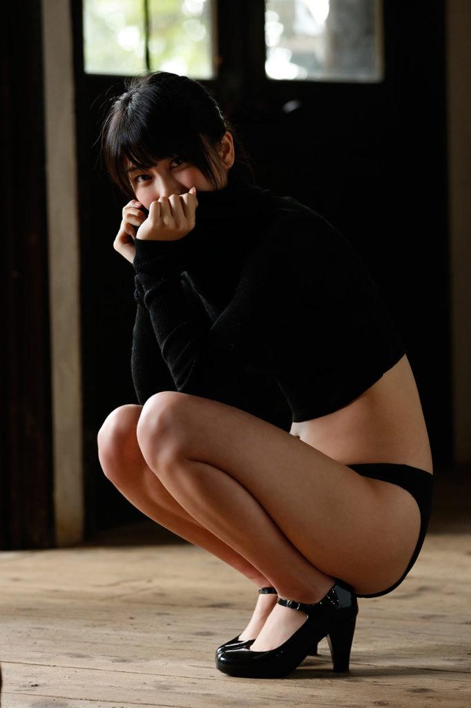 ハミ乳最高~!横山由依(24)の最新エロ画像48枚・43枚目の画像