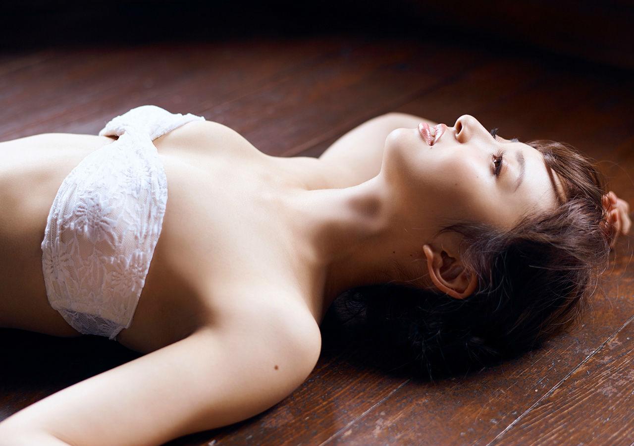声優・小宮有紗(24)の水着グラビア&ヌード濡れ場画像100枚・91枚目の画像