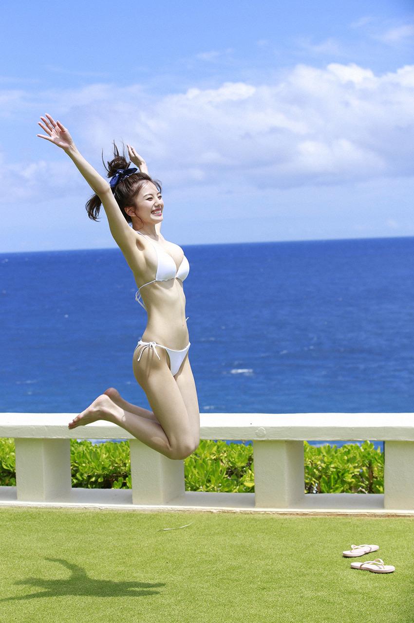 伊東紗冶子(23)Gカップキャスターの水着グラビア画像128枚・115枚目の画像