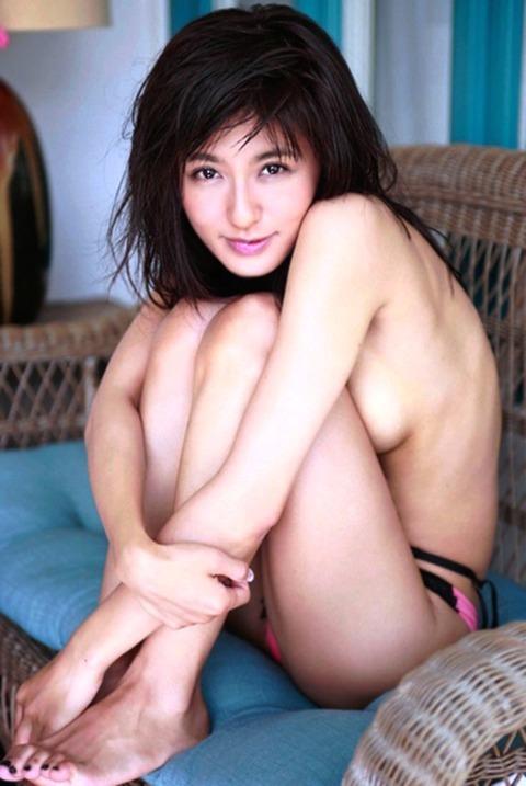 元ミニスカポリス宮内知美(42)のマタニティヌードエロ画像74枚・22枚目の画像