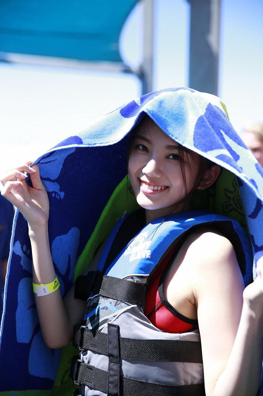 伊東紗冶子(23)Gカップキャスターの水着グラビア画像128枚・132枚目の画像