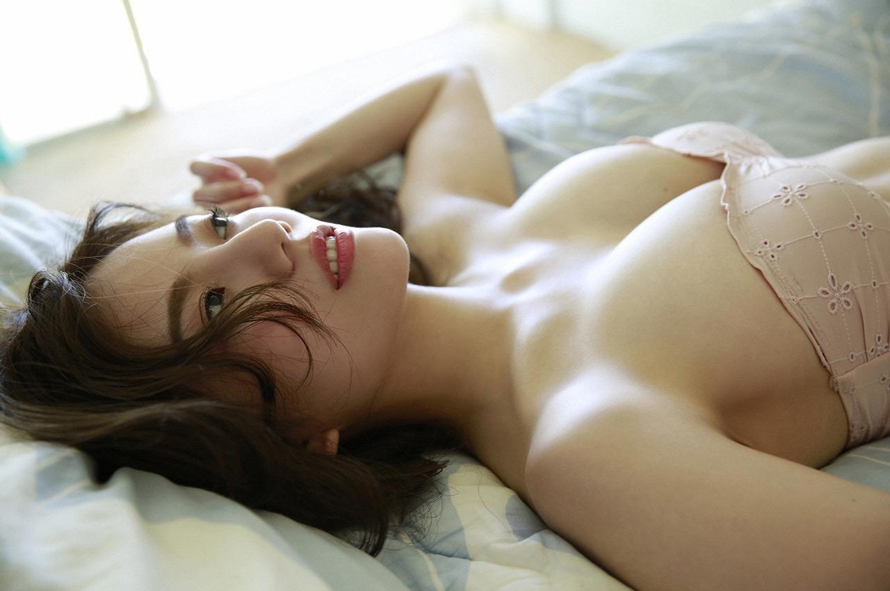 伊東紗冶子(23)Gカップキャスターの水着グラビア画像128枚・134枚目の画像
