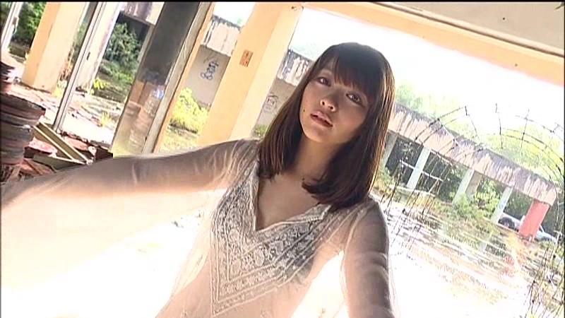 里々佳(22)Eカップ巨乳美女の水着グラビアエロ画像160枚・35枚目の画像
