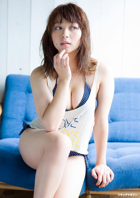 里々佳(22)Eカップ巨乳美女の水着グラビアエロ画像160枚・58枚目の画像