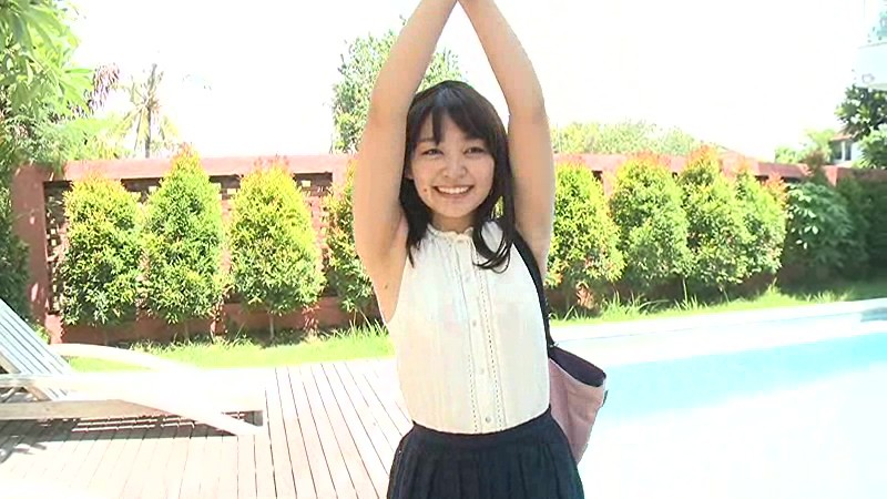 里々佳(22)Eカップ巨乳美女の水着グラビアエロ画像160枚・93枚目の画像
