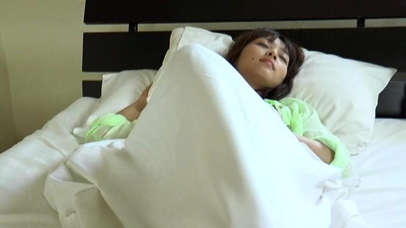 里々佳(22)Eカップ巨乳美女の水着グラビアエロ画像160枚・125枚目の画像