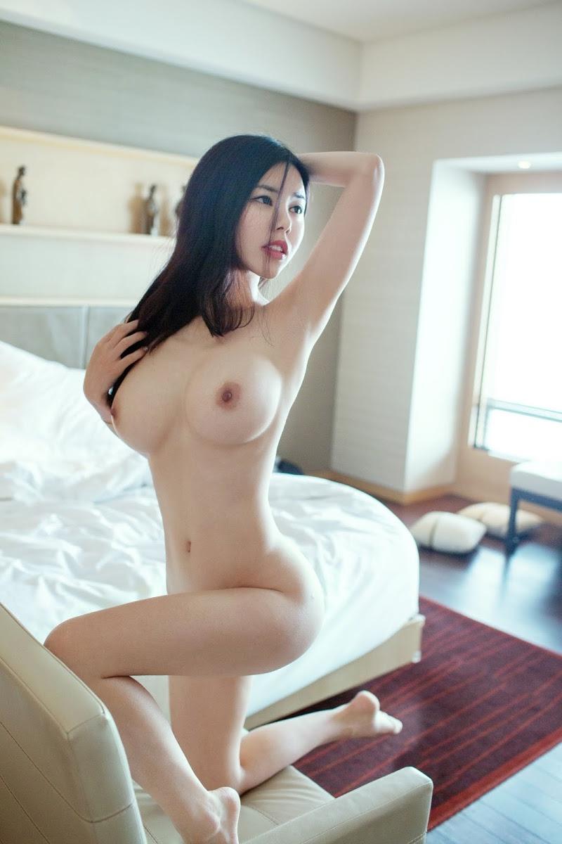 中国人露出狂の全裸ヌードエロ画像58枚・36枚目の画像