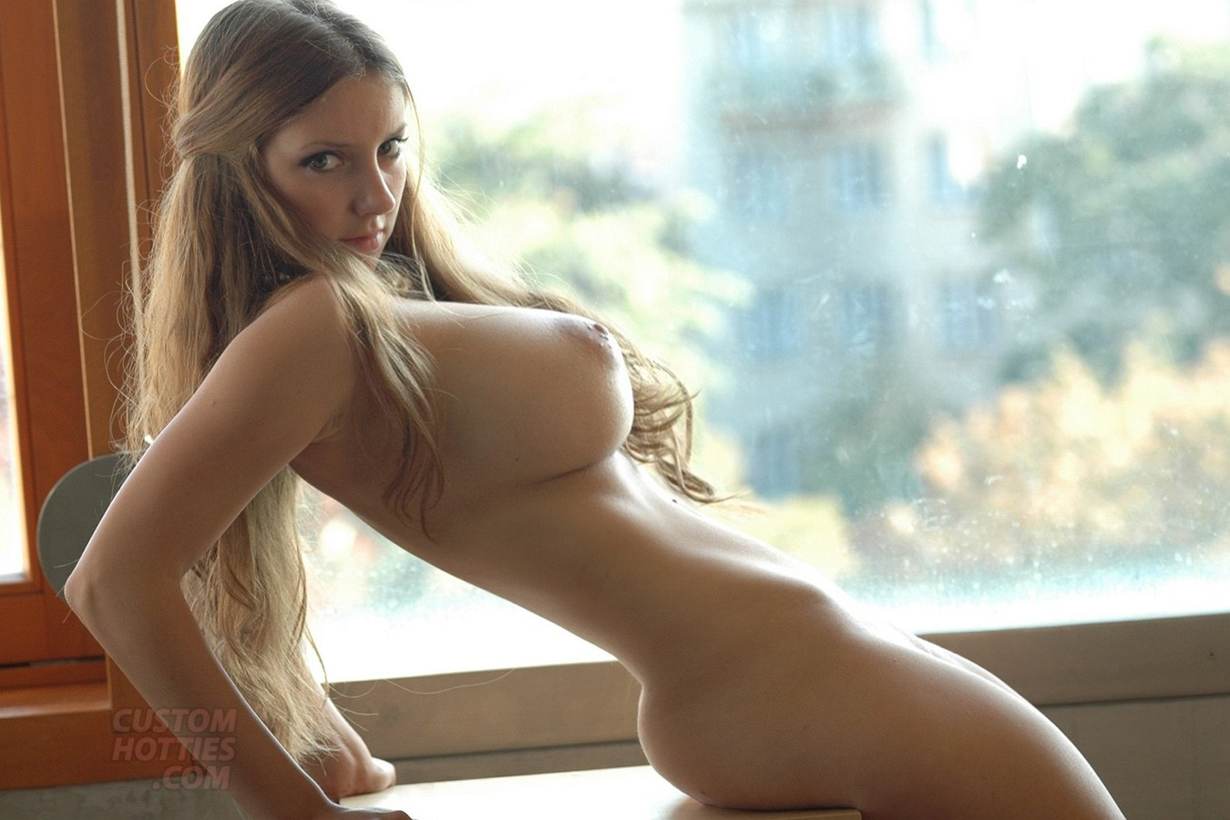 最強おっぱいが付いた海外美女のヌードエロ画像33枚・20枚目の画像