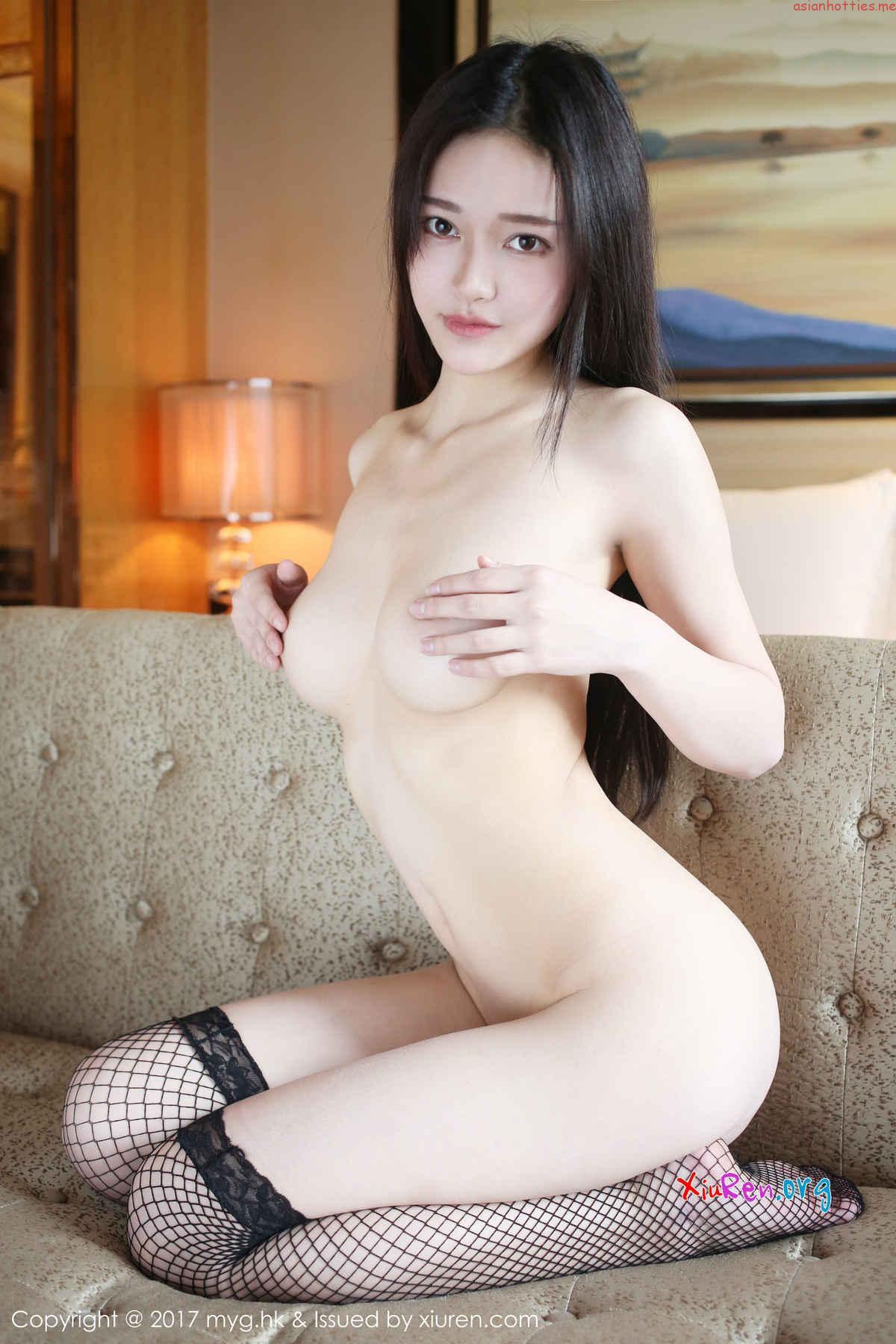 中国人露出狂の全裸ヌードエロ画像58枚・58枚目の画像