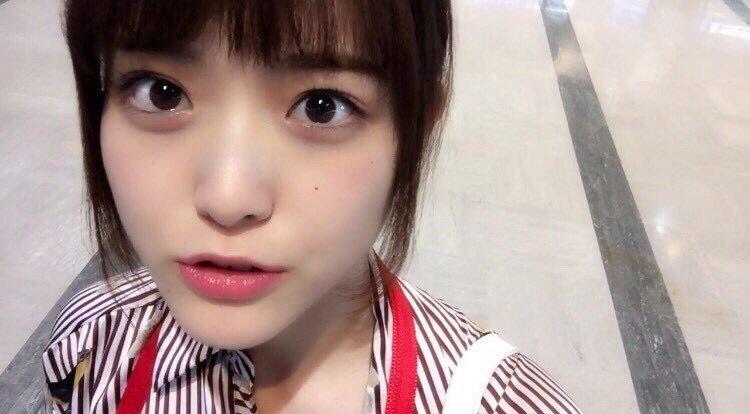 乃木坂46松村沙友理(25)写真集の抜ける下着姿エロ画像130枚・110枚目の画像