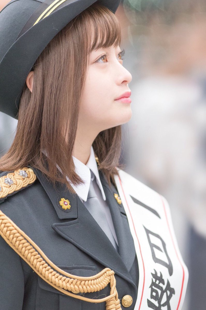 橋本環奈の1日警察署長姿のエロ画像003