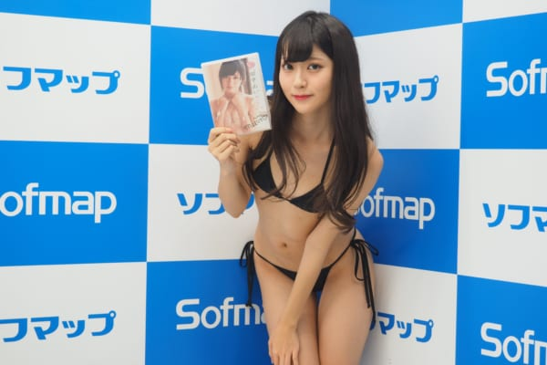 田中めい(20)貧乳女子大生グラドルのエロ画像130枚・8枚目の画像
