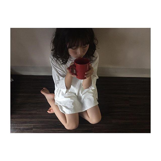 元Dream5日比美思(19)の色白巨乳グラビアエロ画像53枚・32枚目の画像
