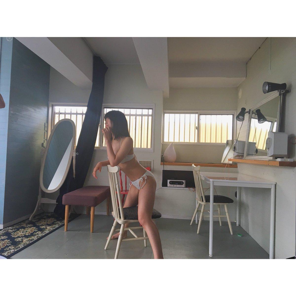 NMB48上西怜(16)Fカップが抜ける水着グラビアエロ画像45枚・18枚目の画像