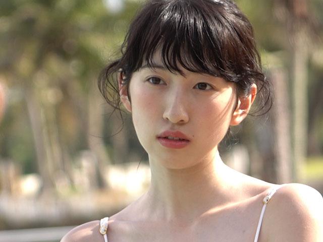 元Dream5日比美思(19)の色白巨乳グラビアエロ画像53枚・15枚目の画像