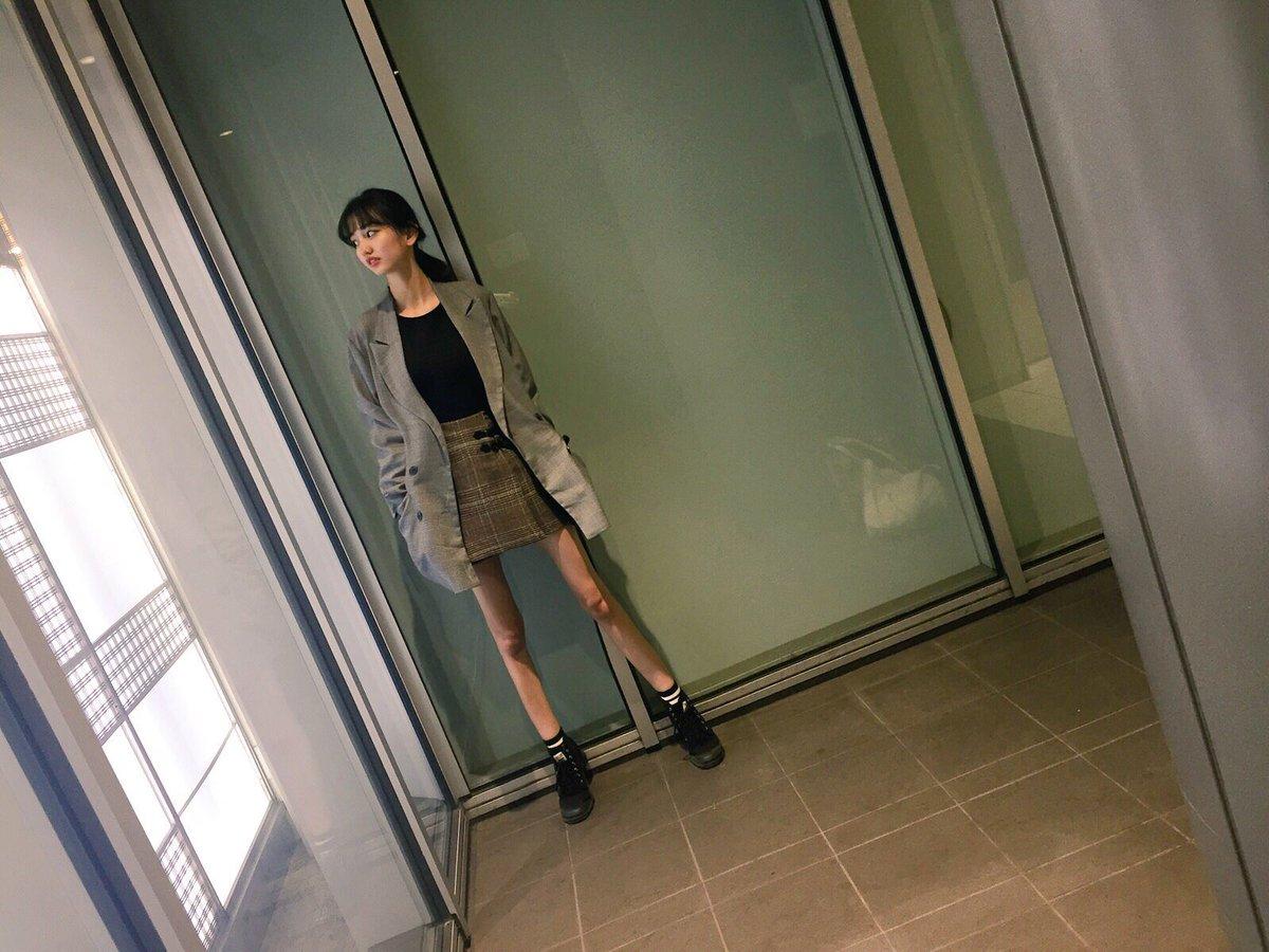 黒木麗奈(16)第2の菜々緒の最新水着グラビアエロ画像33枚・40枚目の画像
