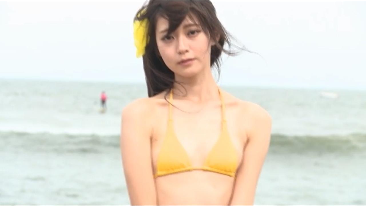 田中めい(20)貧乳女子大生グラドルのエロ画像130枚・50枚目の画像